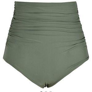 Plus size Olive high waisted swim bottoms EUC 22